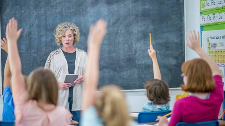 docente, scuola, donna, classe, allievi, lavagna